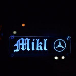 Edel beleuchtete Schilder mit Blendschutz für ihren Truck